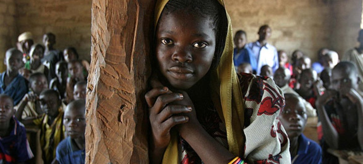 In the village of Mélé, Central African Republic, only half of the children in the region go to school because of conflict.