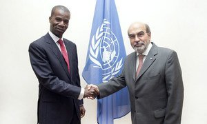 FAO Director-General, José Graziano da Silva (right), meeting with Baba Berthé, Minister of Agriculture of Mali, at FAO headquarters in Rome.