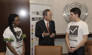 """Secretary-General Ban Ki-moon (centre) meets with volunteers of """"My World,"""" a UN-led global survey of people's priorities for a better world."""
