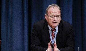 Christof Heyns, Special Rapporteur on extrajudicial, summary or arbitrary executions.
