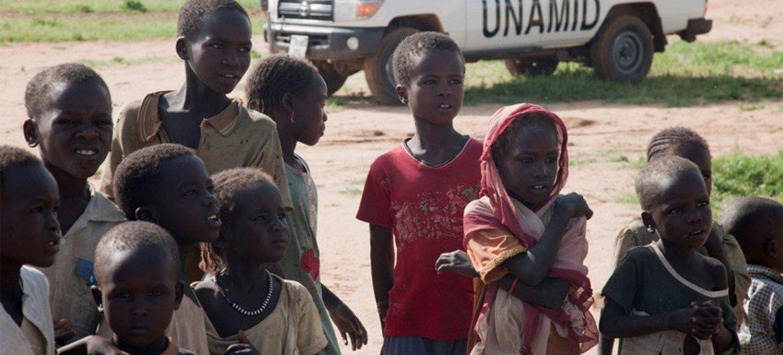 Displaced children at a camp near  Tawilla, Darfur.