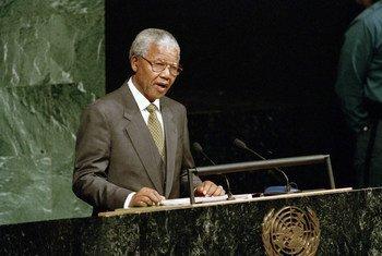 Президент ЮАР Нельсон Мандела на 49-й сессии Генеральной Ассамблеи ООН в октябре 1994 года.