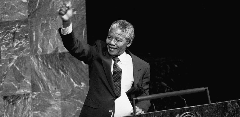 Nelson Mandela, en la Asamblea General de la ONU en 1990. Foto de archivo: ONU/P. Sudhakaran