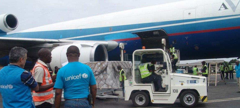 En avril 2013, un vol affrêté par l'UNICEF a permis d'acheminer 23 tonnes d'articles de première nécessité en République centrafricaine.
