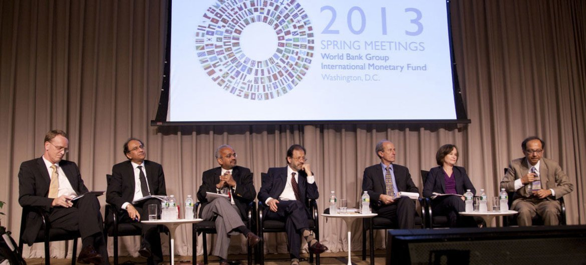Roundtable of World Bank Chief Economists Council ahead of 2013 Spring meetings with IMF.