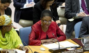 Under-Secretary-General for Humanitarian Affairs Valerie Amos addresses the Security Council.