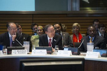 Secretary-General Ban Ki-moon co-chairs Sustainable Energy for All Advisory Board meeting with World Bank President Jim Yong Kim (left).
