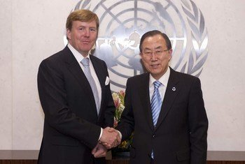 Secretary-General Ban Ki-moon (right) meets with Prince Willem-Alexander who has been inaugurated as King of the Netherlands.