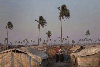 Los ciclones incrementan los riesgos a sufrir graves pérdidas económicas de los pequeños estados insulares. Foto: OCHA/Brendan Brady