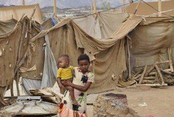 Children in Al-Mazrak IDP camp in Haradh, northern Yemen.