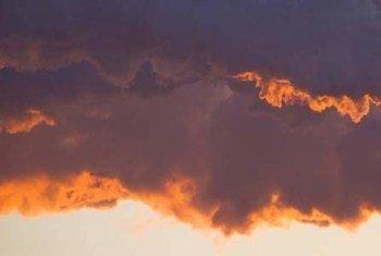 Вместо того, чтобы сокращаться, эмиссии парниковых газов растут
