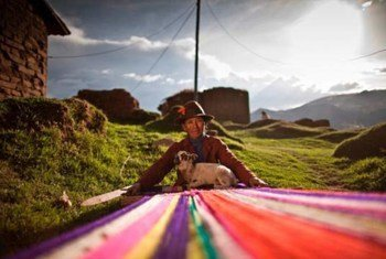 In Latin America and the Caribbean there are approximately 50 million indigenous peoples, about 10% of the total population.