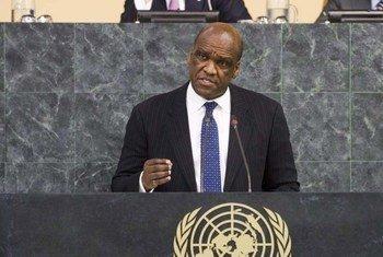 Le nouveau Président de l'Assemblée générale, John Ashe, d'Antigua-et-Barbuda. Photo ONU/Evan Schneider