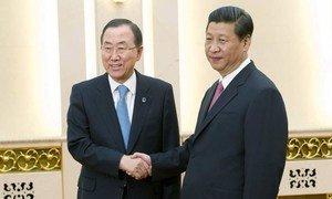 Secretary-General Ban Ki-moon (left) meets with President Xi Jinping of China.