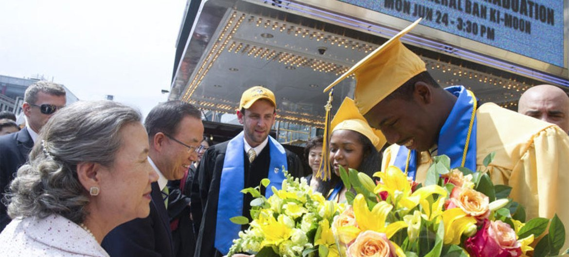 Secretary-General Ban Ki-moon delivered the keynote address at first graduation ceremony of Democracy Prep Public School at Apollo Theater in Harlem.