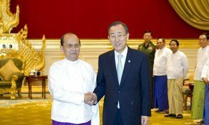 Secretary-General Ban Ki-moon (right), on a visit to Myanmar, meets with President Thein Sein in the capital, Naypyitaw on 29 April 2012.