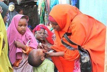 Vacunación contra la polio en Somalia. Foto: UNICEF