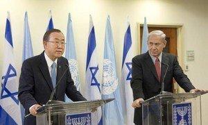 Secretary-General Ban Ki-moon (left) at a joint press conference in Jerusalem with Prime Minister Benjamin Netanyahu of Israel.