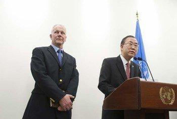 Åke Sellström y Ban Ki-moon
