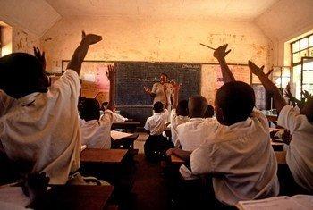 Escuela de primaria en Kampala, Uganda  Foto:World Bank/Arne Hoel