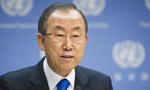 Secretary-General Ban Ki-moon addresses journalists at United Nations Headquarters.