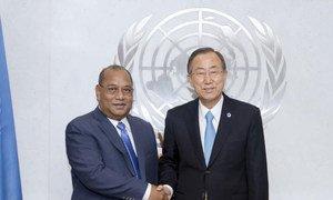 Secretary-General Ban Ki-moon (right) meets with President Christopher J. Loeak of the Republic of the Marshall Islands.