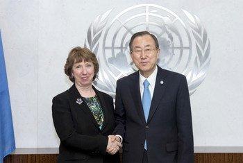 Ban Ki-moon et Mme Catherine Ashton.