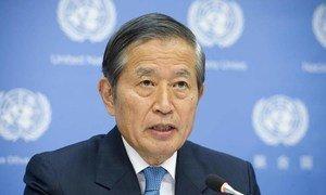 Le Secrétaire général adjoint des Nations Unies à la gestion, Yukio Takasu.