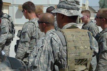 Des troupes de la Force internationale d'assistance à la sécurité (FIAS) à Kandahar, en Afghanistan.
