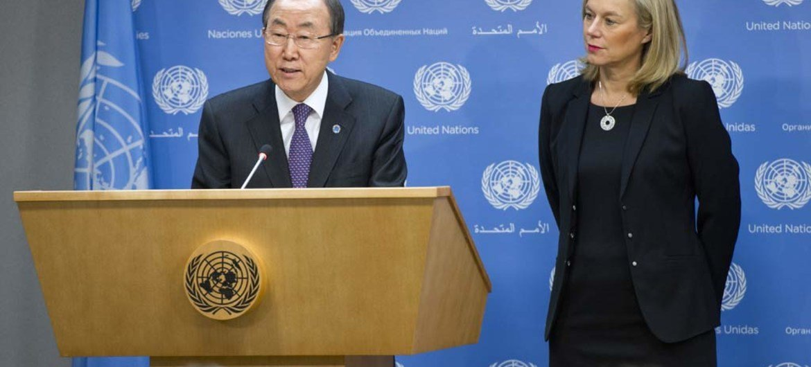 Secretary-General Ban Ki-moon (left) introduces Sigrid Kaag, newly-appointed Special Coordinator of the OPCW-UN Joint Mission on eliminating Syria's chemical weapons programme.