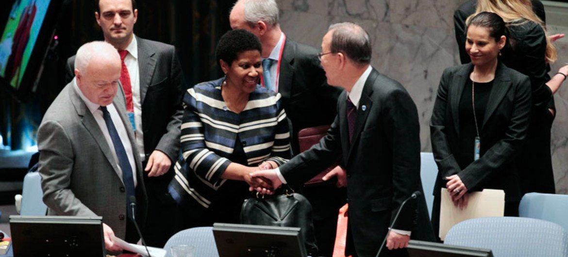 Secretary-General Ban Ki-moon is greeted by Phumzile Mlambo-Ngcuka, Executive Director of the UN Entity for Gender Equality and the Empowerment of Women.