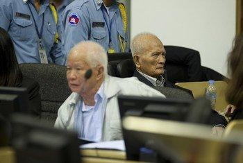 Khieu Samphan e Nuon Chea na Câmara Extraordinária na Justiça do Cambodja, Eccc.