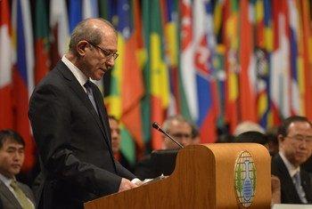 Le Directeur général de l'Organisation pour l'interdiction des armes chimiques (OIAC), Ahmet Üzümcü.