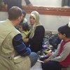 Personal del PMA asisten a desplazados sirios
