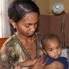 Niño enfermo de neumonía. Foto: UNFPA