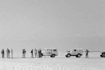 UN Emergency Force in Egypt (UNEF) observers meet in El Ballah, Egypt, with Israeli authorities, 1957.The photo is on display at the UNEARTH exhibit in New York.