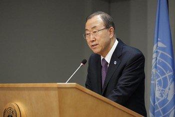 Le Secrétaire général de l'ONU, Ban Ki-moon, en conférence de presse au Siège de l'ONU, à New York.