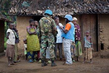 Des casques bleus de la MONUSCO en patrouille en République démocratique du Congo. Photo ONU/Sylvain Liechti