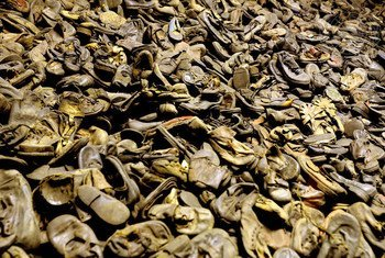 Jozi za viatu za waliouawa kwenye kambi ya mateso ya Auschwitz-Birkenau, na manazi wa Ujerumani kat iya mwaka 1940-1945