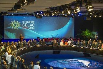 Una Cumbre pasada de la CELAC  Foto. ONU/Mark Garten