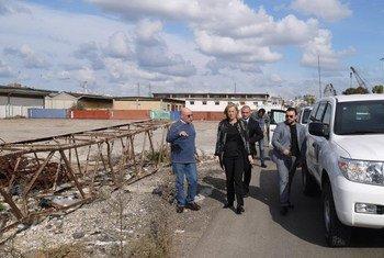 La Mision Conjunta para Siria de la ONU y la OPAQ en el puerto de Latakia, Siria.