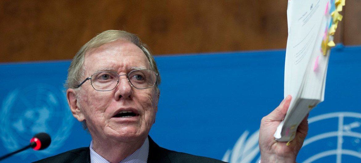 Michael Kirby, Chair of the of Inquiry on Human Rights in the Democratic People's Republic of Korea, briefs the press during the launch of the report.