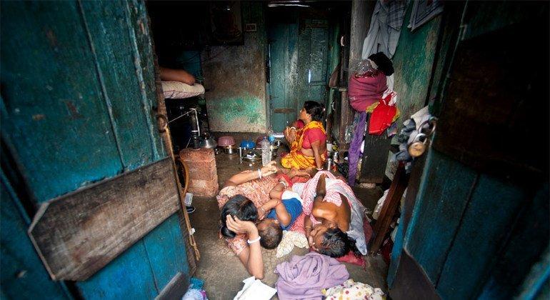 Эксперт ООН: условия проживания в стихийных поселениях – позор для мирового сообщества