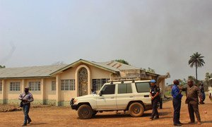 UN Police and security sector experts from the UN Development Programme (UNDP) on a visit to eastern Sierra Leone to assess the security situation in the region bordering Guinea and Liberia.