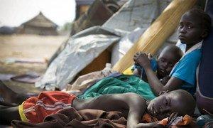Des enfants déplacés dans l'Etat de Jonglei, au Soudan du Sud. Photo UNICEF/Kate Holt