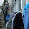 Mujeres se disponen a votar en Afganistán el 5 de abril  Foto: UNAMA/Zachary Golestani
