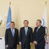 Secretary-General Ban Ki-moon (centre) with Olympic Committee chief Thomas Bach (left) and Jacques Rogge, Special Envoy for Youth Refugees and Sport.