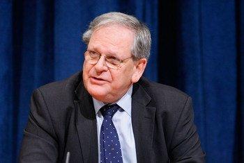 Le Représentant spécial adjoint du Secrétaire général pour l'Afghanistan, Mark Bowden. Photo ONU/JC McIlwaine