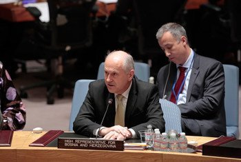 Le Haut Représentant des Nations Unies pour la Bosnie-Herzégovine, Valentin Inzko (à droite), au Conseil de sécurité. Photo ONU