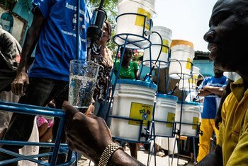 The UN Stabilization Mission in Haiti (MINUSTAH) has partnered with Haitian Agencies to combat cholera by providing clean water.